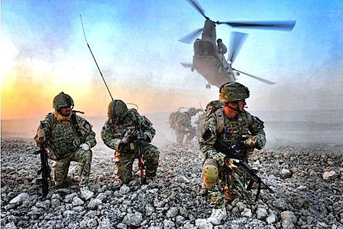 La prima potenza militare del mondo spende più denaro per il proprio esercito di tutte le altre prime dieci nazioni del mondo. Una dimostrazione che potenza economica e potenza militare vanno di pari passo?