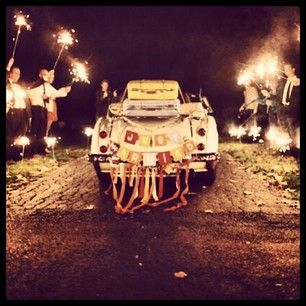 community post 14 ideas for your summertime wedding day sparklers
