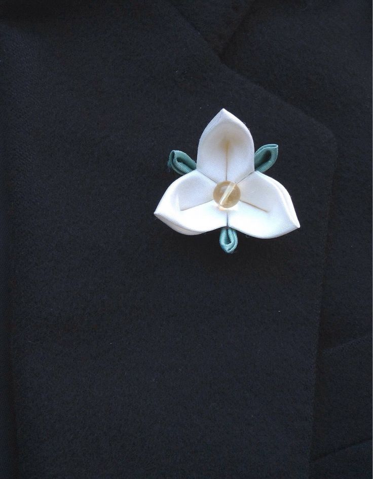 Custom Lapel Pins Men Lapel Pin Flower Lapel Pin White Lapel Flower Trillium Kanzashi Brooch Silk Boutonniere Wedding Groomsman Gift For Him by exquisitelapel on Etsy https://www.etsy.com/listing/263609367/custom-lapel-pins-men-lapel-pin-flower