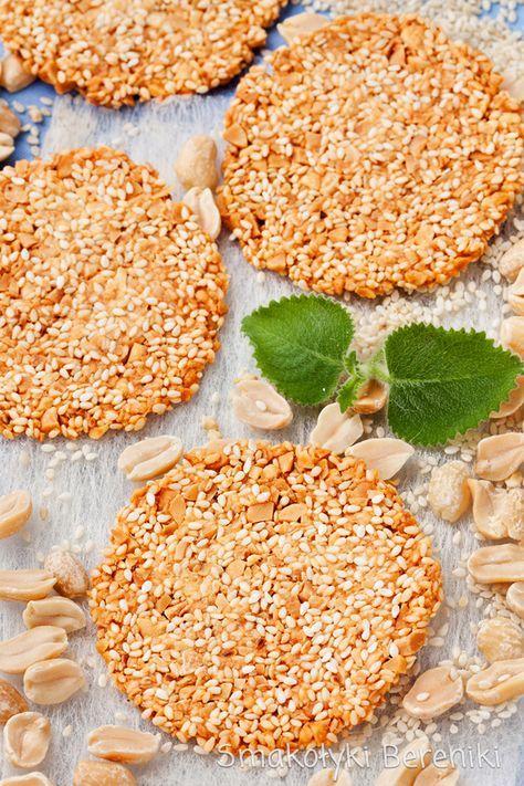 Ciasteczka sezamowe z orzeszkami ziemnymi