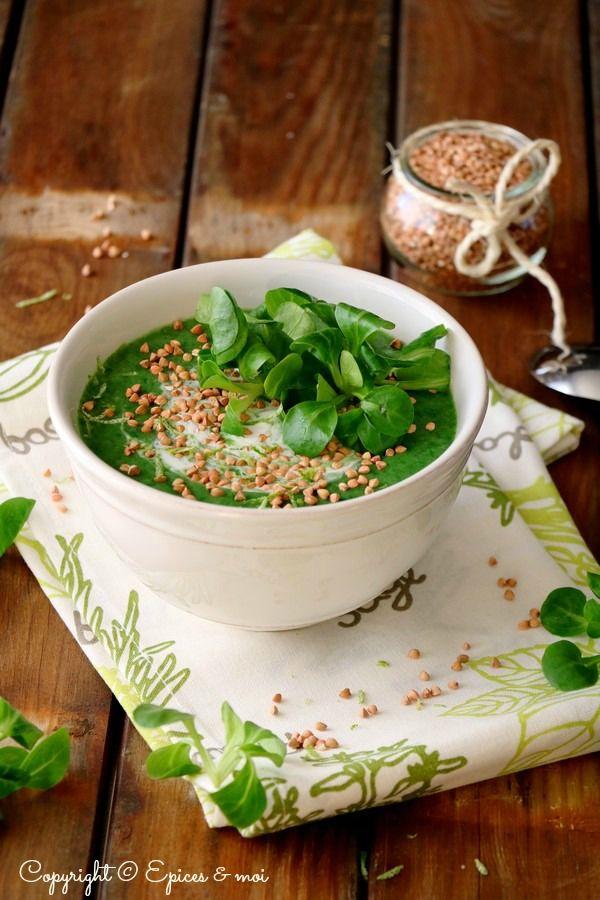 Soupe de mäche au curry et kasha . Vegetalien sans gluten