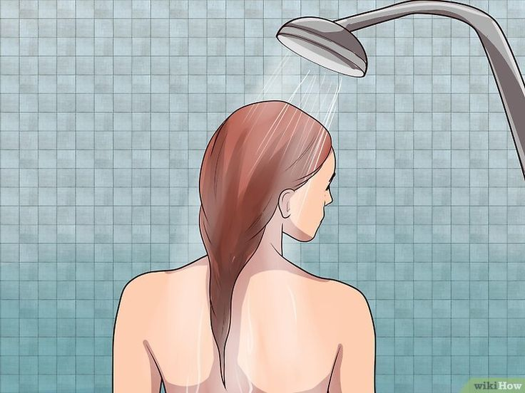 6 Ways to Get Chlorine Out of Your Hair - wikiHow