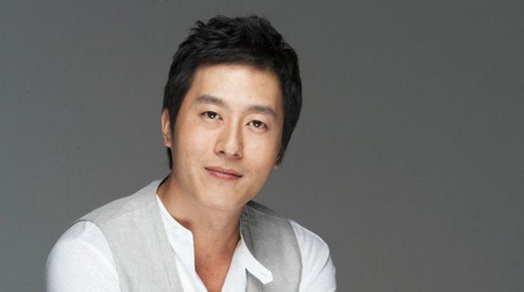 Celebrities Express Their Condolences After Kim Joo Hyuk's Passing | Soompi