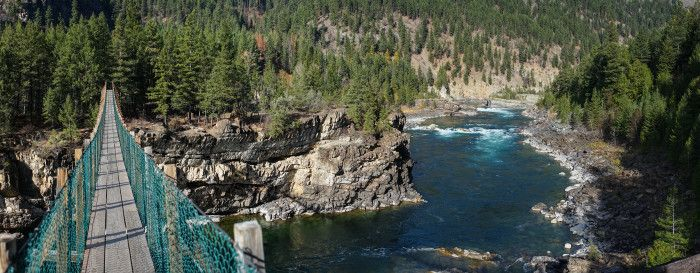 Kootenai Falls Swinging Bridge-22676059523 (1)
