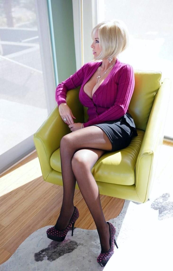 Sandra Otterson   hot chicks   Pinterest   Blonde wig