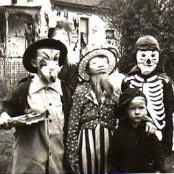 Amazing Vintage Halloween Costumes