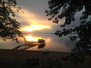 Cottage for rent 1 hr. from Ottawa GREAT SWIMMING & COZY