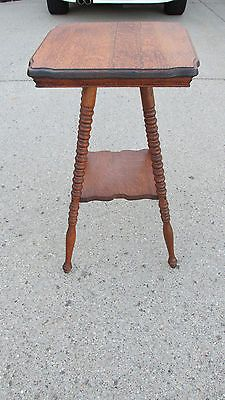 Vintage/Antique Quarter Sawn Oak End Table Parlor Table Side Table