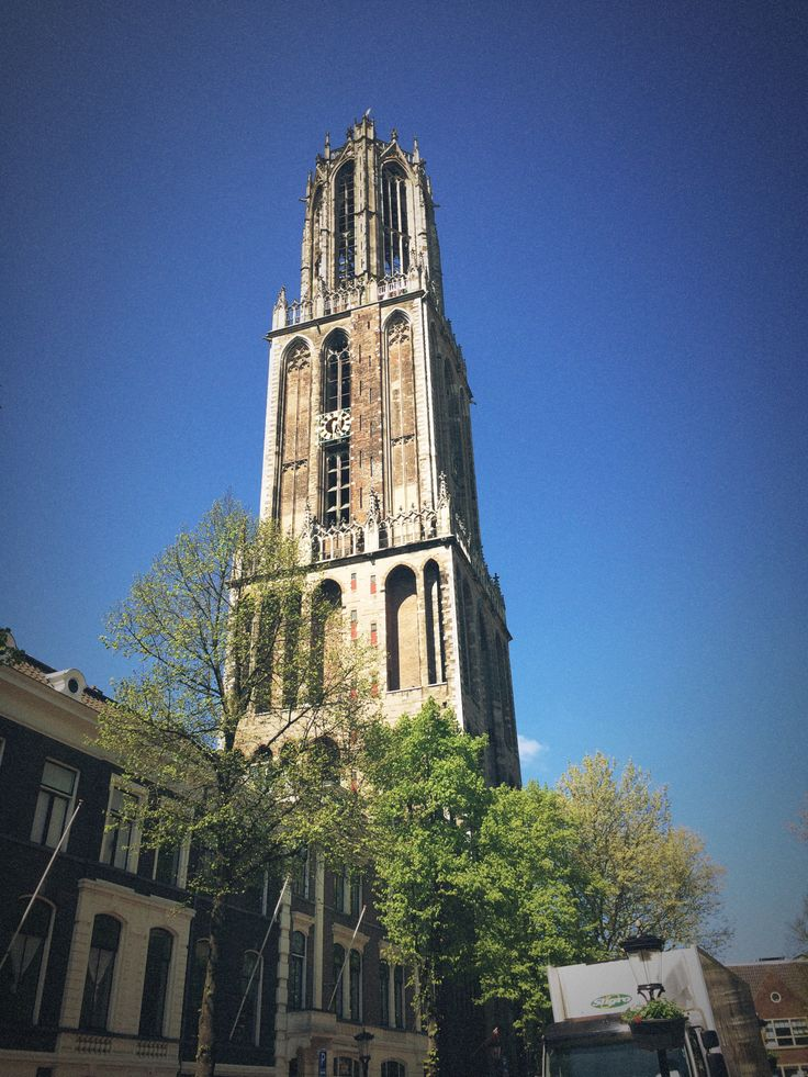 Tourist in my home town. Beautiful Dom in Utrecht.