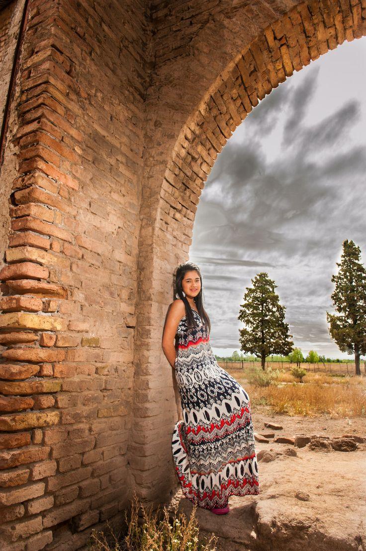 Fotografo en Argentina Sesion de fotos en San Rafael 15 años 3 Sesion fotografica en exteriores de Ayma para sus 15 años