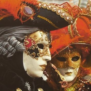 "Let the masquerade party begin! Meet our partner ""La Stranacasa"" and CARNIVALHALLOWEEN.COM  The Italian party market is best-known for the lavish Venetian-styled carnivals and celebrations which take place throughout the country.  We had a chat with a true expert on the subject, our new friend Marco Marchionni, founder of one of the most active masquerade top party e-tailers on the continent CARNIVALHALLOWEEN.COM, the e-store of ""La Stranacasa Halloween Center"" in Genoa, who told us what can…"