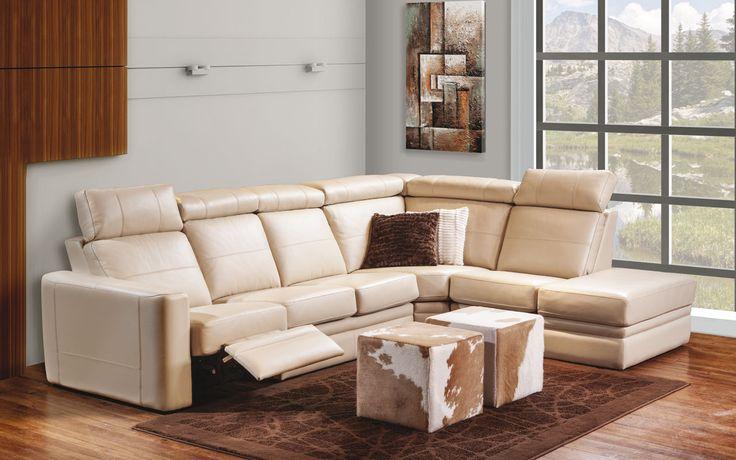 Sectional Silvano - Transitional Style - Jaymar Collection. Leather sectional. With headrest, recliner. Cow leather ottoman.