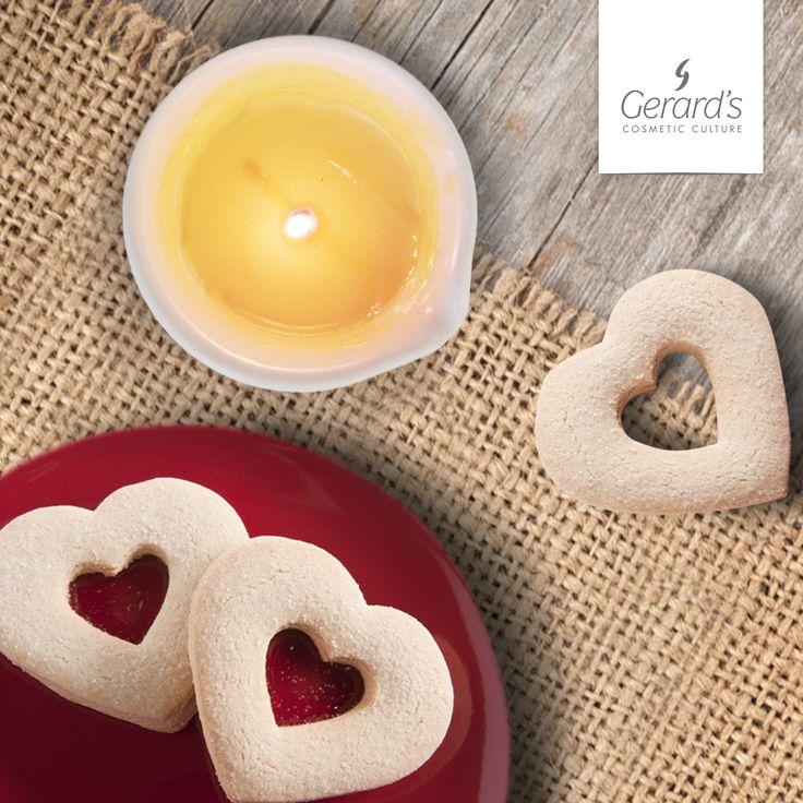 Questo San Valentino regalati un viaggio aromaterapico con il tuo partner: Ritual Candle. Più che un rituale è un momento di evasione polisensoriale per due: i burri e gli oli vegetali tonificano e idratano la pelle, mentre le note olfattive di Arancio Dolce, Lavanda e Mirra accompagnano i sensi in un caldo momento di relax. Chiedi informazioni alla tua Beauty Consultant di fiducia.                             #gerards #cosmeticculture #ritual #candle #sanvalentino #sanvalentino2017…