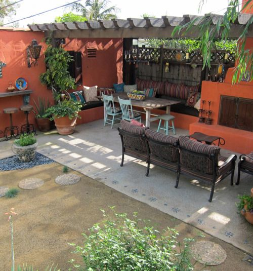 Small mexican theme outdoor kitchen with pergola outdoor for Mexican porch designs