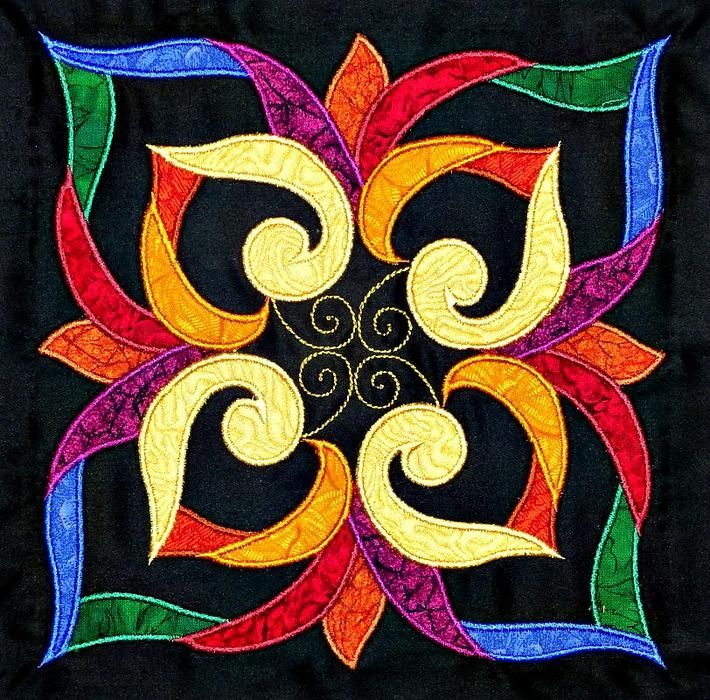 <b>Affairs of the Heart</b> Applique <b>Quilt</b> <b>Kit</b>Much better close up of one of the blocks. xxx