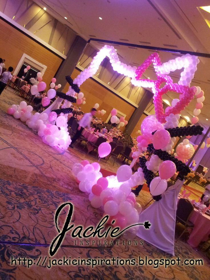 Balloon decorations for weddings, birthday parties, balloon sculptures in Kuching and Sibu, Sarawak: Hello Kitty Theme Balloon Decoration @ Kingwood Hotel 6th Floor Ballroom