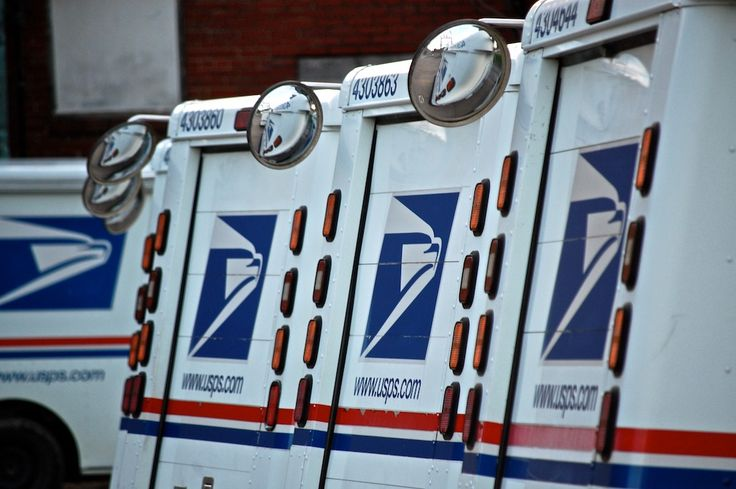 Shipping calculator for new 2014 USPS rates. Easily select a service, weight and destination to see the new rate. Based on commercial base (online) pricing.