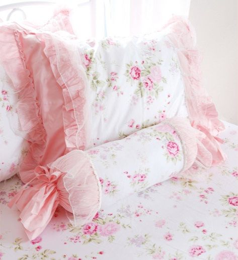 ❤ Pink rose cushions ❤