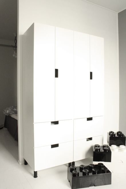 stuva wardrobes ikea kidsroom pinterest svart bl och garderober. Black Bedroom Furniture Sets. Home Design Ideas
