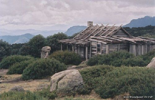 """Jim's Hut, From """"The Man From Snowy River"""" Just a little slice of heaven isn't it?"""