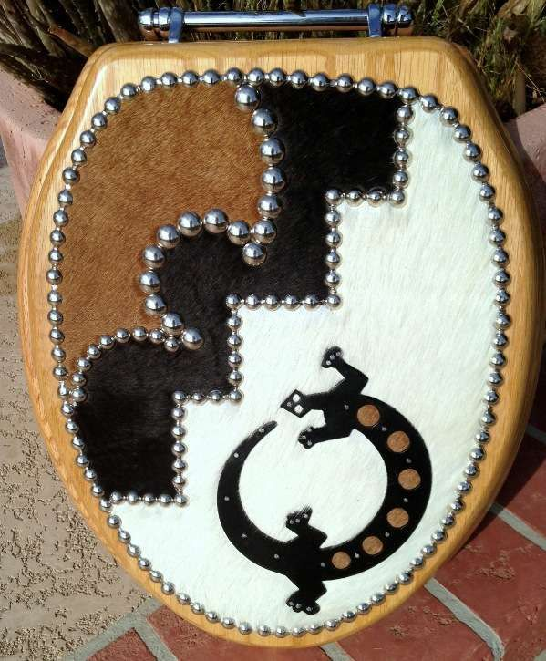 REALLY UNIQUE!  Southwest Gecko Cowhide Leather Toilet Seat