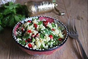 Теплый салат из золотого пшена с гранатом за 25 минут