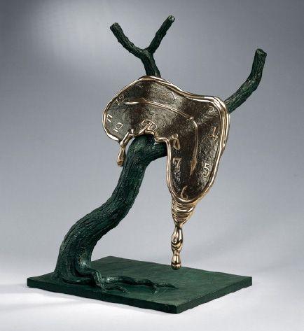 dali melting clock statue salvador dali creations salvador dali sculpture - Salvador Dali Lebenslauf