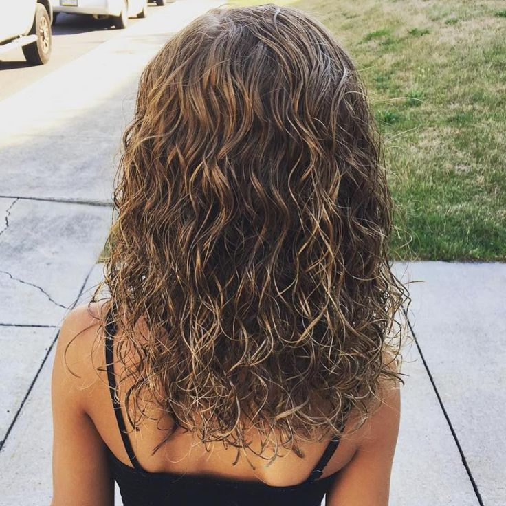 curly style for hair 25 best ideas about wavy perm on wavy 8561