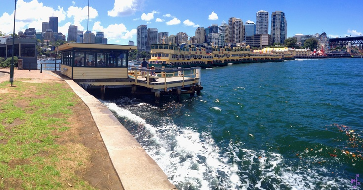 the long Ferry at Milsons Point