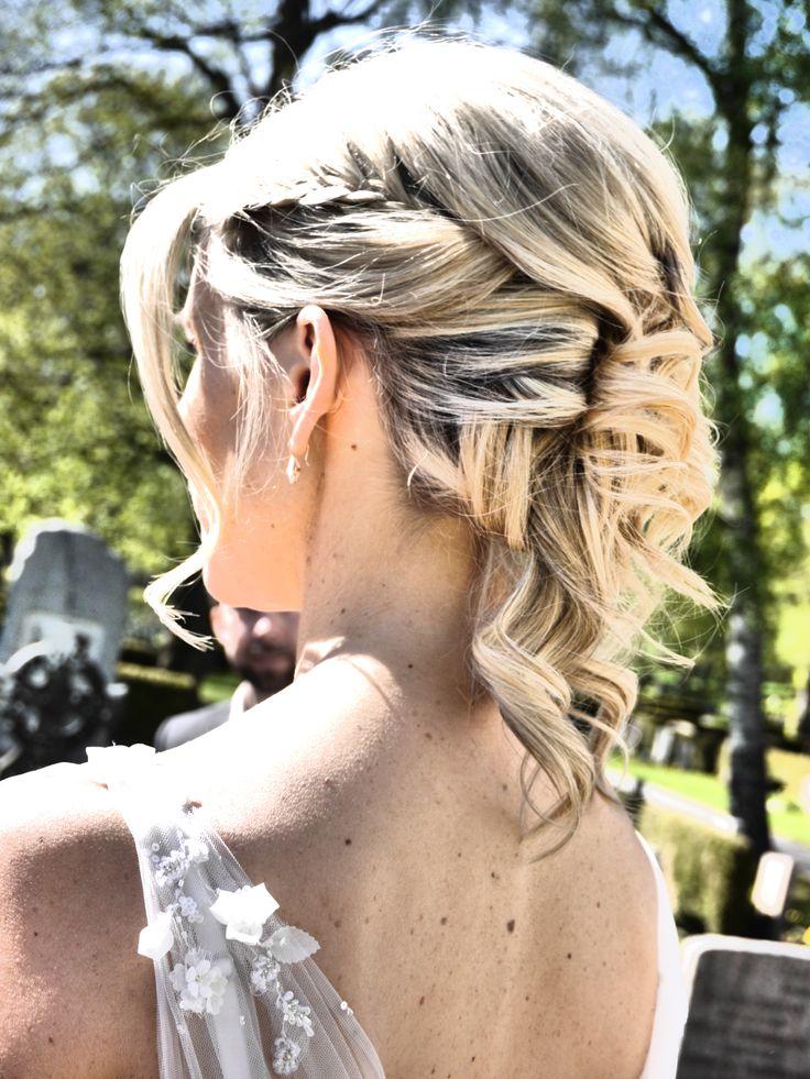 Gorgeous wedding hairdo