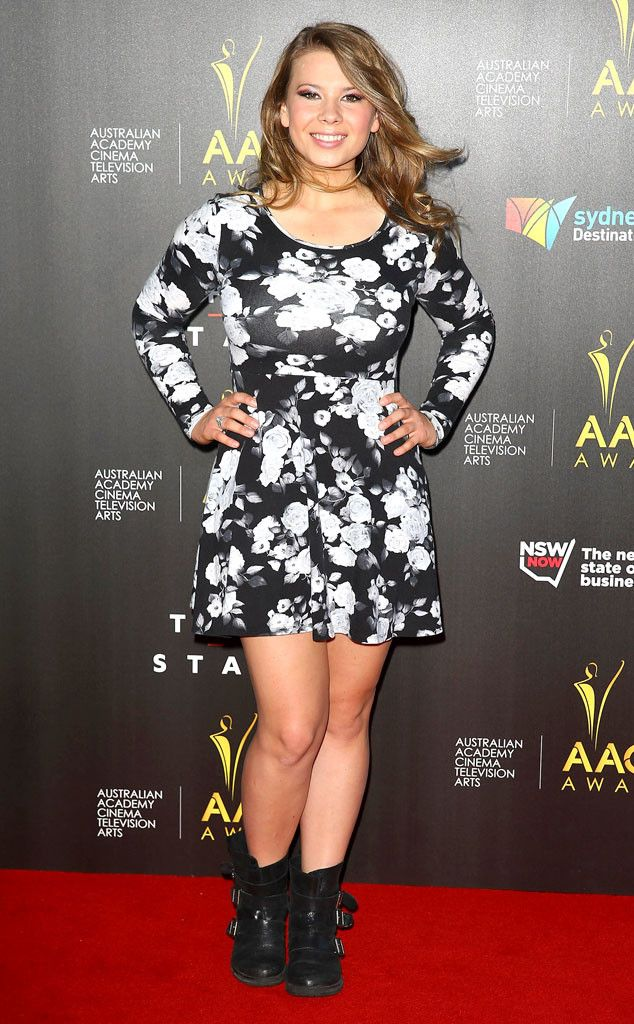 Bindi Irwin Criticizes Young Girls Who Dress Too Sexily: Don't Try So Hard | E! Online Mobile
