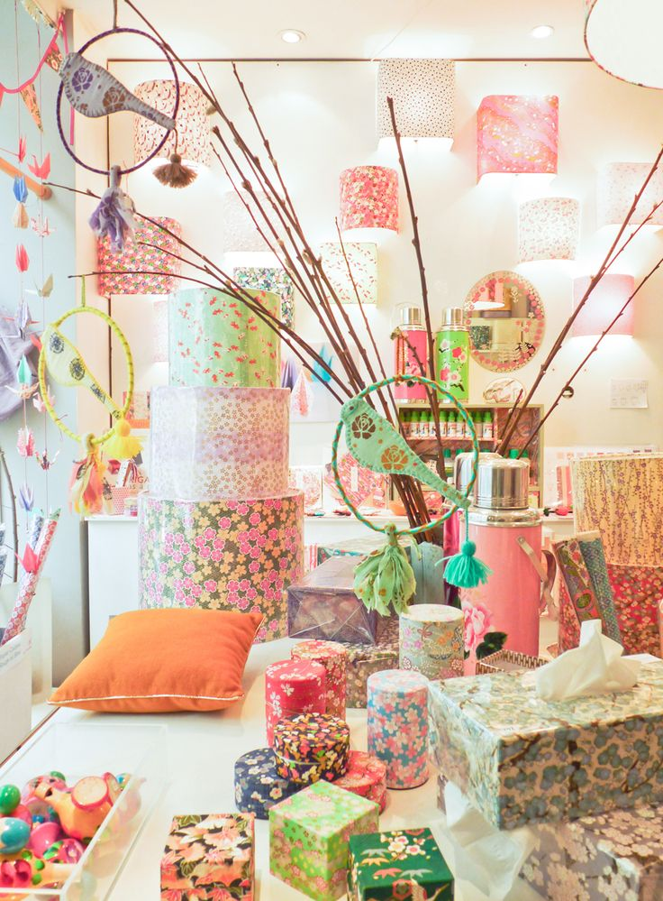 Boutique : 54 Boulevard Richard Lenoir 75011 Paris - Metro Richard Lenoir - Tél : 0148072088