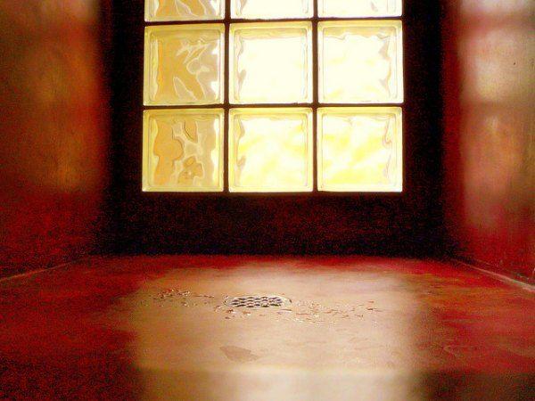Decoracion con ladrillos de vidrio de colores buscar con - Ladrillos de colores ...