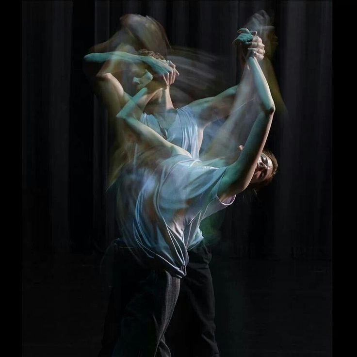 Still Current is Russell Maliphant's most recent evening of work, featuring newly created duets and trios danced by his remarkable company and by Maliphant himself.