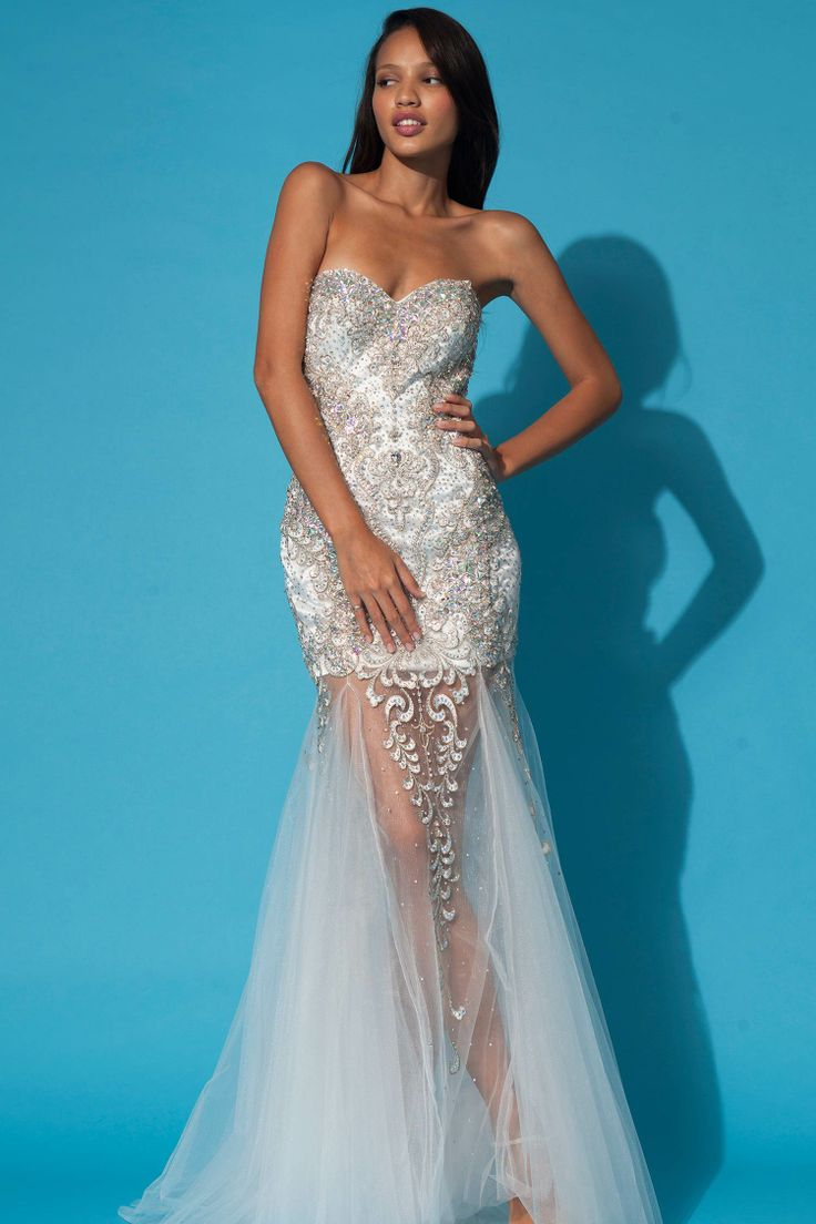 17 Best ideas about Vegas Wedding Dresses on Pinterest | Short ...