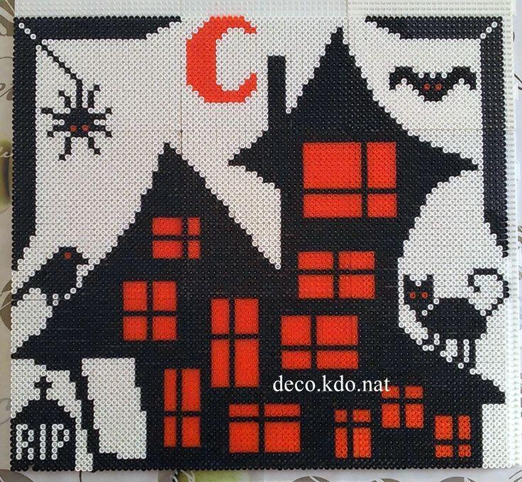 Haunted House Halloween hama perler beads by DECO.KDO.NAT