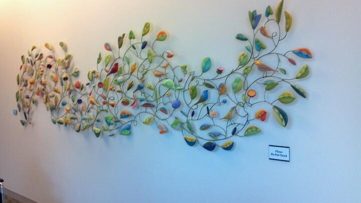 -2D bird sculpture displayed at Mayo Clinic Jacksonville FL
