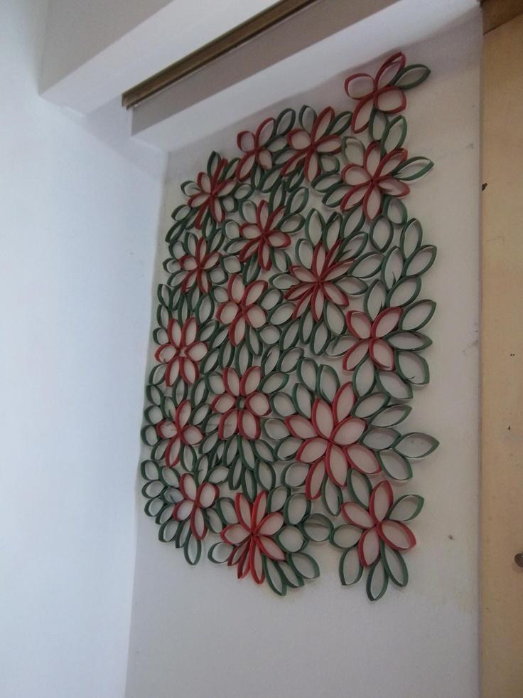 con tubos de papel higinico pintado podemos crear lindas formas para decorar las paredes de nuestra