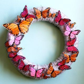 spring wreath: Diy Butterflies, Springwreath, Ideas, Wreaths Diy, Front Doors, Butterflies Wreaths, Spring Wreaths, Feathers Butterflies, Yarns Wreaths