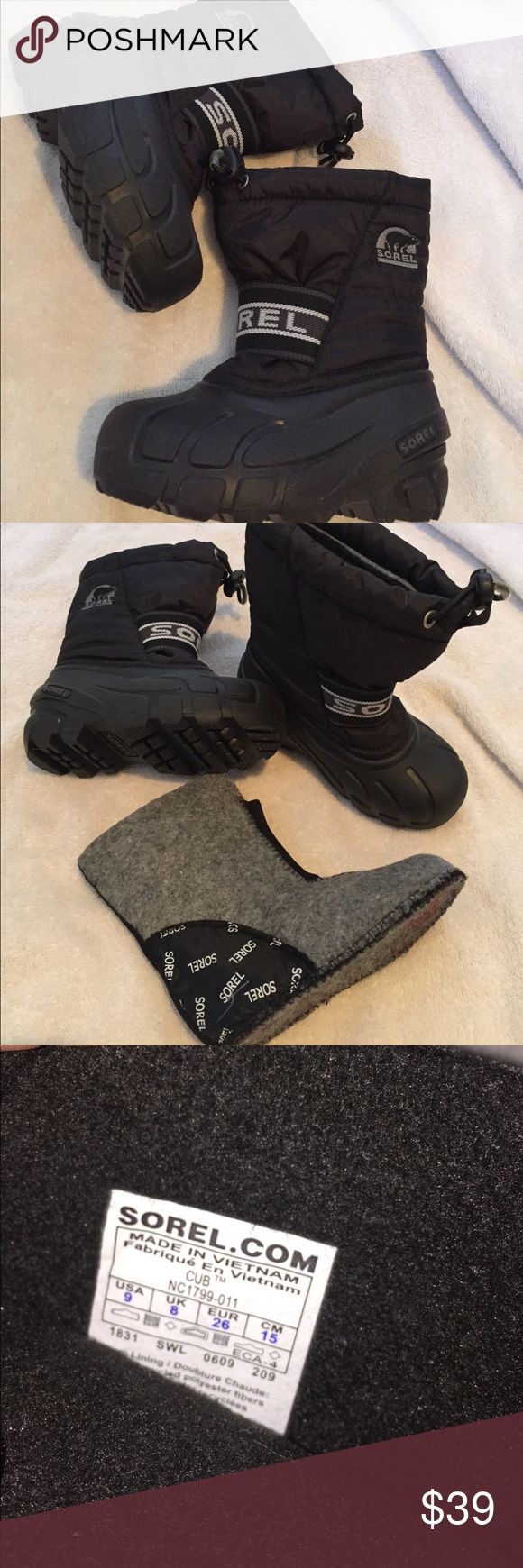 Sorel kids snow boots Excellent condition/no flaws Sorel kids boots size 9. Has warm lining boots/socks included for extra warmth. They are not too heavy. Color black Sorel Shoes Rain & Snow Boots