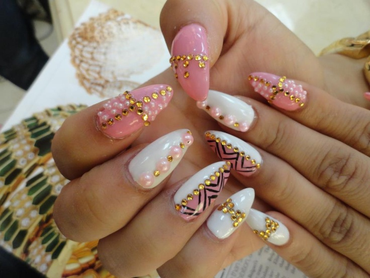 2927 best nails images on pinterest nail designs make up and blinged out nails prinsesfo Gallery