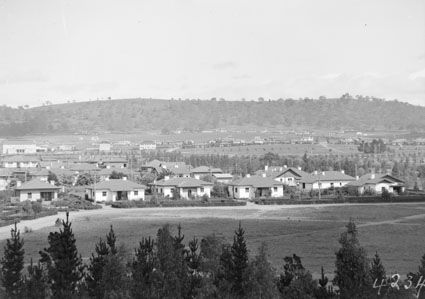 Title : View over Kingston, Telopea Park and Manuka from the Kingston Power Station towards Red Hill  Date : 1928 Primary subject : Not Assigned Secondary subject : Not Assigned Image no. : A3560, 4234 Barcode : 3103709 Location : Canberra Find other items in this series :  A3560 Series accession number : A3560