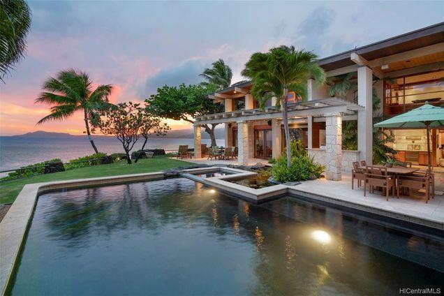 569 Portlock Road Hawaii Beach House