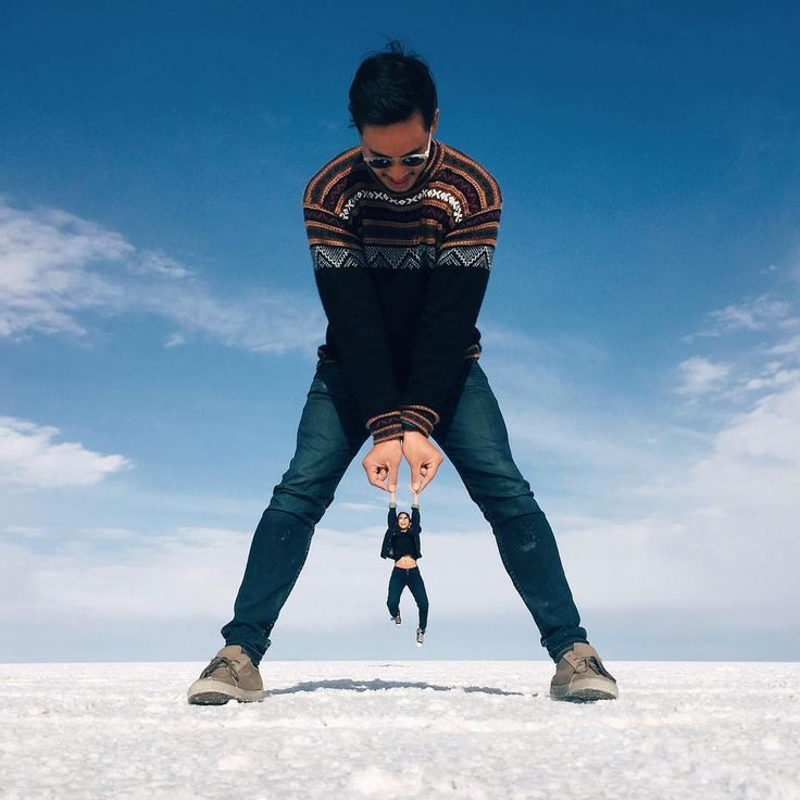 Salar de Uvuni is the biggest salt flat in the world, spanning 4,633 square miles, and because it's completely flat, there's so much potential for props – as you can see from these amazing photos.