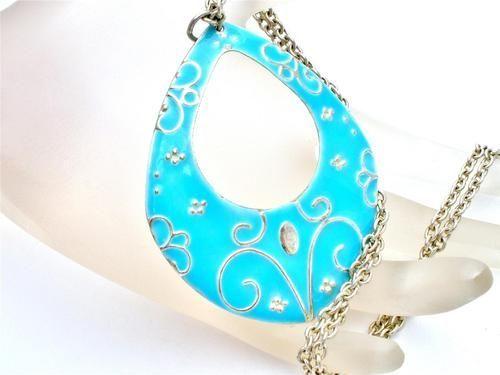 diamond earrings diamond earring  jewelry pearl earrings diamond stud earrings Diamond Hoop Earrings http://pinterest.com/dorothy5211/boards/