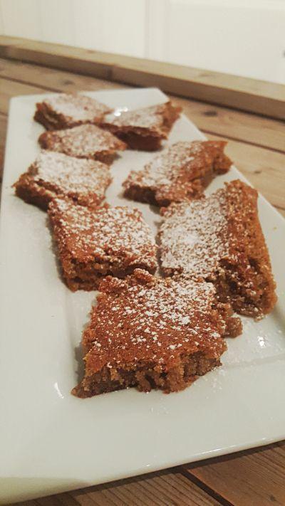 Woow! Nailed it ☆ har idag klart å lage en krydderkake som smaker helt som vanlig høykarbok...