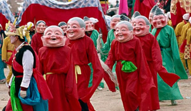 15 Images That Prove Chinese New Year is Amazing Across The Globe