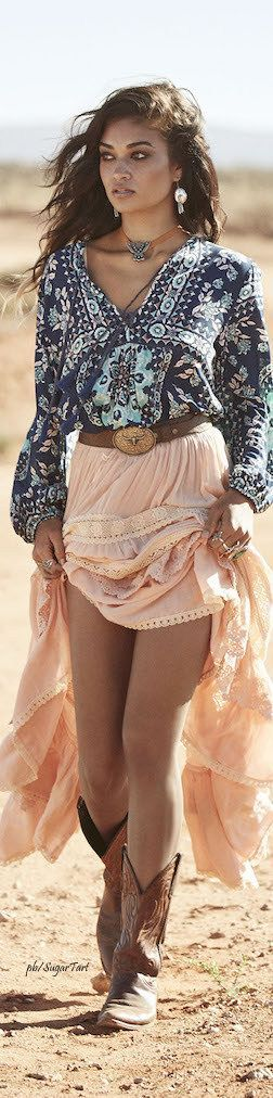40 Of The Most Popular Boho Chic Fashions Ideas For Women To Try This Season