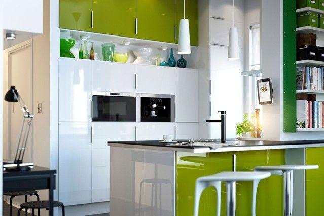 Apple Appeal - Kitchen Designs - Shabby Chic & Wallpaper Ideas (houseandgarden.co.uk)