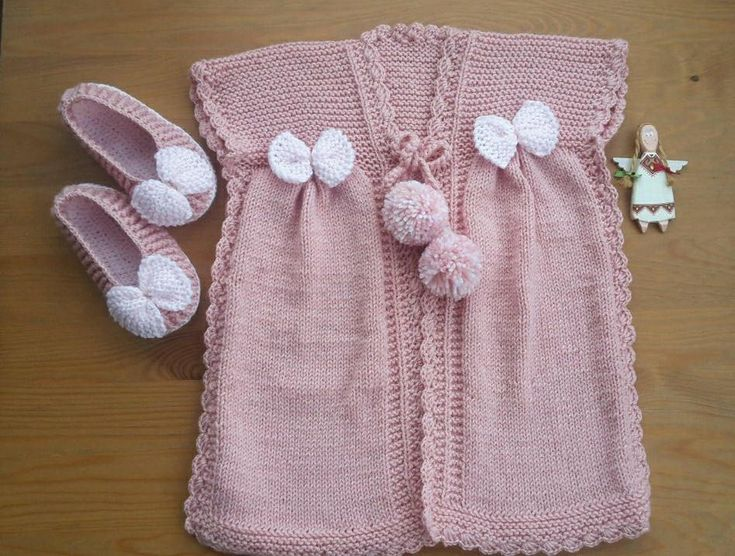 GIRL VEST &BABETTES. Hand-Knitted Vest, Crochet Babettes, Size For 4-5 Years. Vest with Pompom and Bowties, Babettes with Bowties, Girl Set